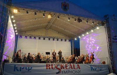 """Фестиваль оперной музыки в горном парке """"Рускеала"""" в Карелии собрал 2,7 тыс. зрителей"""