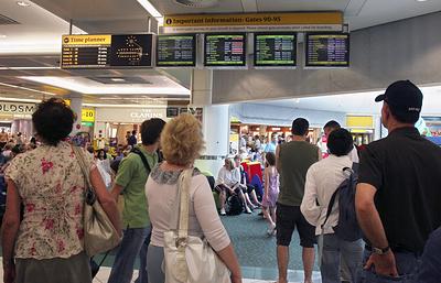 Британские аэропорты предупредили о риске падения пассажиропотока в преддверии Brexit