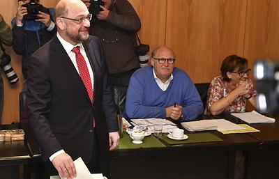 Кандидат в канцлеры ФРГ Мартин Шульц проголосовал на выборах в Бундестаг