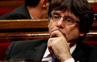 El Mundo: экс-главу Каталонии могут обвинить в незаконном исполнении полномочий