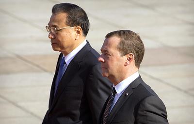 Медведев надеется, что товарооборот РФ с КНР вскоре достигнет $100 млрд