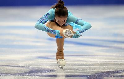 Российская фигуристка Загитова вышла в финал Гран-при, победив на французском этапе