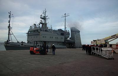 В аргентинский порт прибыло судно, которое доставит технику из РФ в зону поиска подлодки