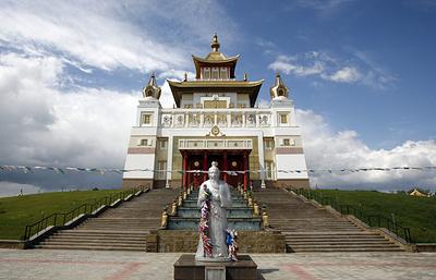 Что скрывают стены самого большого в России и Европе буддийского храма