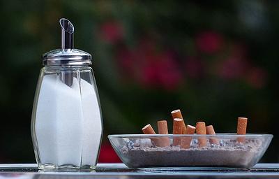 Австрия не будет запрещать курение в барах и ресторанах
