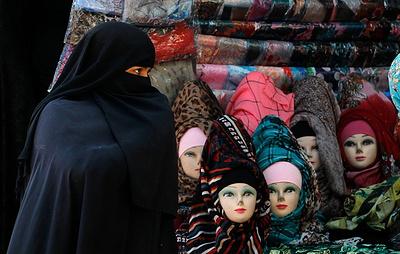 Опрос: большинство граждан Швейцарии поддерживают запрет полностью скрывающей лицо одежды