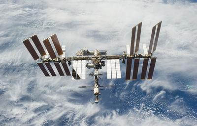 Москвичи утром 11 января смогут наблюдать в бинокль полет МКС