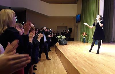 Зара провела первую встречу в рамках акции «Помни свои корни» в петербургской гимназии