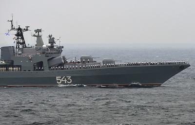 В порту Владивостока загорелся большой противолодочный корабль Тихоокеанского флота
