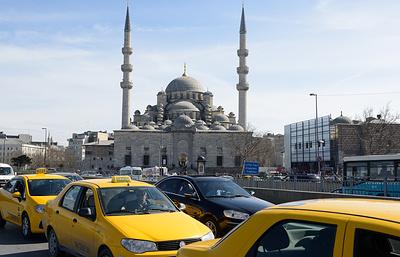 Почему турецкие таксисты объявили войну Uber