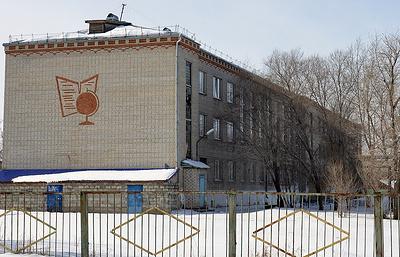 В Шадринске уволена директор школы, где ученица стреляла по одноклассникам