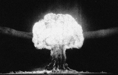 65 лет первой термоядерной бомбе: история и мифы