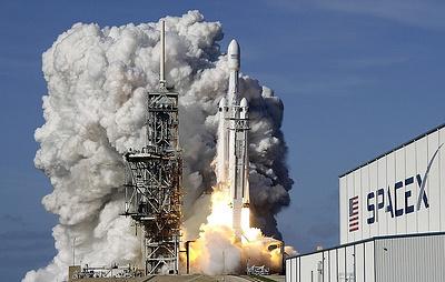 SpaceX назвала имя туриста, который отправится в полет на орбиту Луны