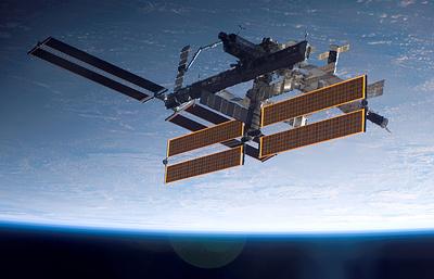Центр управления полетами скорректировал высоту полета МКС