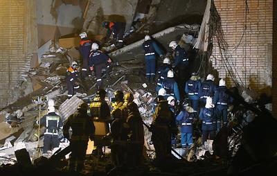Тело четвертого погибшего обнаружено на месте разбора завалов на заводе в Гатчине