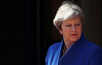 В Британии проект сделки по Brexit вызвал череду отставок. Но Мэй сохраняет спокойствие