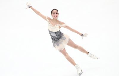 Алина Загитова побила мировой рекорд в короткой программе на этапе Гран-при в России