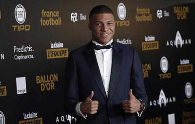 Французский футболист Мбаппе признан лучшим молодым игроком 2018 года