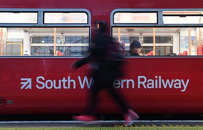 В британских поездах разрешили использовать личные многоразовые кружки