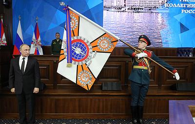 Путин вручил государственные награды за укрепление обороноспособности России
