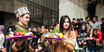 Къурабье, каланда и Дед Мороз в тюбетейке. Как встречают Новый год народы Юга России
