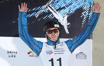 Россиянин Никитин завоевал золото на этапе Кубка мира по фристайлу в Москве