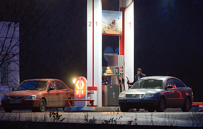 Заморозку цен на топливо продлили до июля. Кабмин создаст новые меры стабилизации рынка