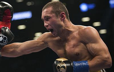 Российский боксер Липинец выиграл у бывшего чемпиона мира Лэймонта Питерсона