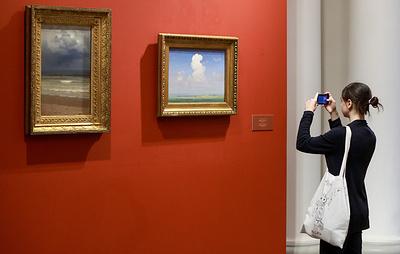 В России могут запретить проход в музеи с сумками и рюкзаками
