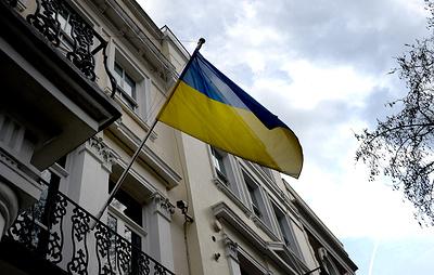 СМИ: посольство Украины в Лондоне оцепили после выстрелов на соседней улице