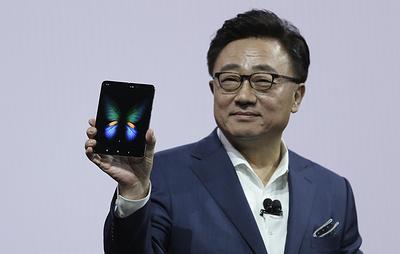 Samsung отложит выпуск смартфонов Galaxy Fold из-за жалоб на дефекты