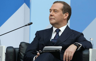 """Медведев отметил значительное обновление кадров в """"Единой России"""""""
