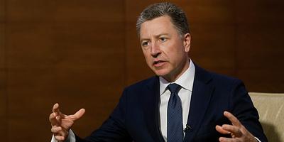 Волкер заявил, что Украина должна начать покупать оружие у США
