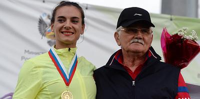 Учитель Исинбаевой. Тренеру самой знаменитой легкоатлетки мира Евгению Трофимову – 75 лет