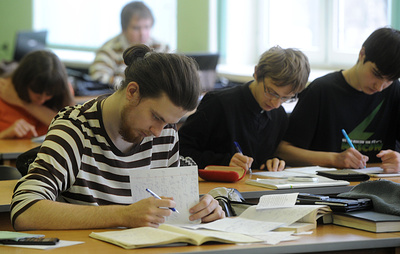ВЦИОМ: россияне не считают наличие образования обязательным для высокооплачиваемой работы