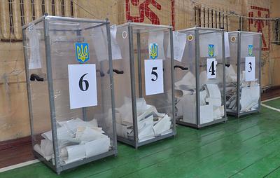 """В Раду проходят как минимум пять партий, """"Слуга народа"""" набирает порядка 40%"""