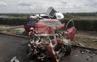 Два человека погибли, еще шесть пострадали в ДТП на мосту под Волгоградом