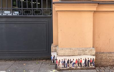 Финское генконсульство в Петербурге пока не приняло решения о судьбе граффити на его стене