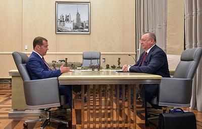 Медведев поддержал идею о единой сертификации лабораторий, проверяющих качество нефти