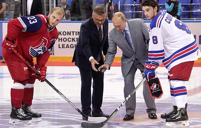 Путин приветствовал в Сочи участников Кубка мира по хоккею среди молодежных команд