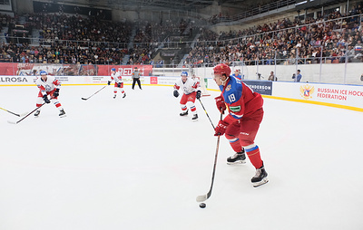 Молодежная сборная России по хоккею обыграла чехов на старте Турнира четырех наций в Перми
