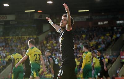 """""""Норвич"""" нанес """"Манчестер Сити"""" первое поражение в текущем сезоне чемпионата Англии"""