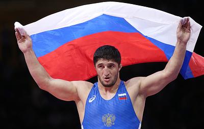 Борец вольного стиля Садулаев стал четырехкратным чемпионом мира