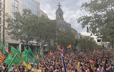 Всеобщая забастовка в Барселоне заканчивается беспорядками