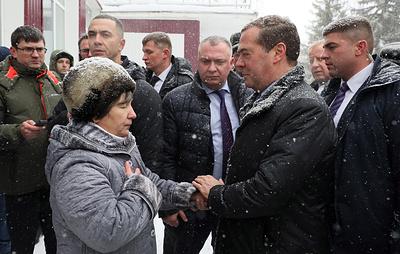 Медведев пообщался с жителями села Санниково