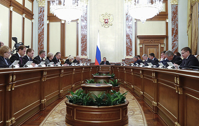 Медведев назвал недостаточными темпы диспансеризации в Крыму и ряде других регионов