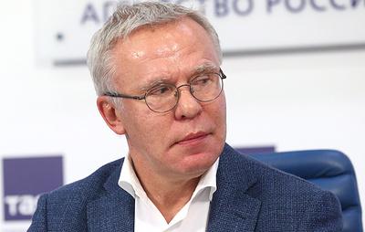 Фетисов: власти не должны выделять деньги клубам, не работающим с фанатами