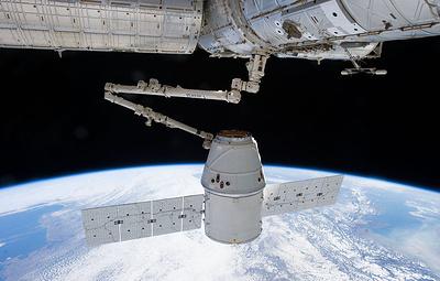 Грузовой корабль Dragon пристыковался к МКС