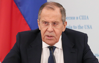 """Лавров пошутил, что в США всегда """"санкции и импичмент"""""""