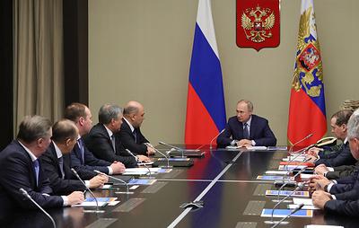 Путин информировал постоянных членов Совбеза РФ о переговорах в Берлине